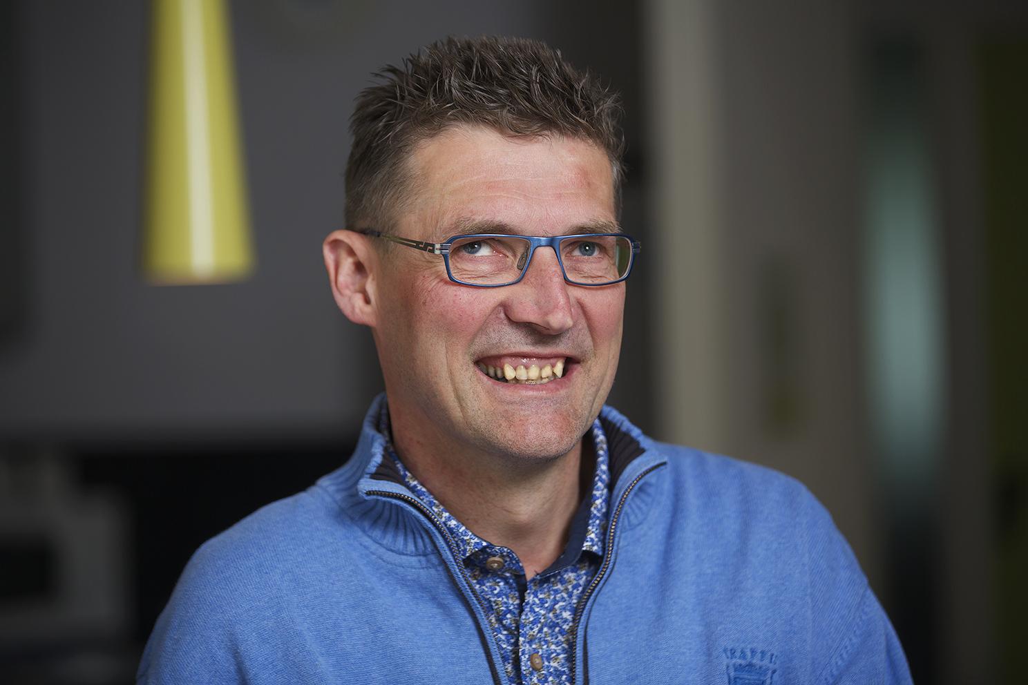 Portret van Ton van Weerdenburg