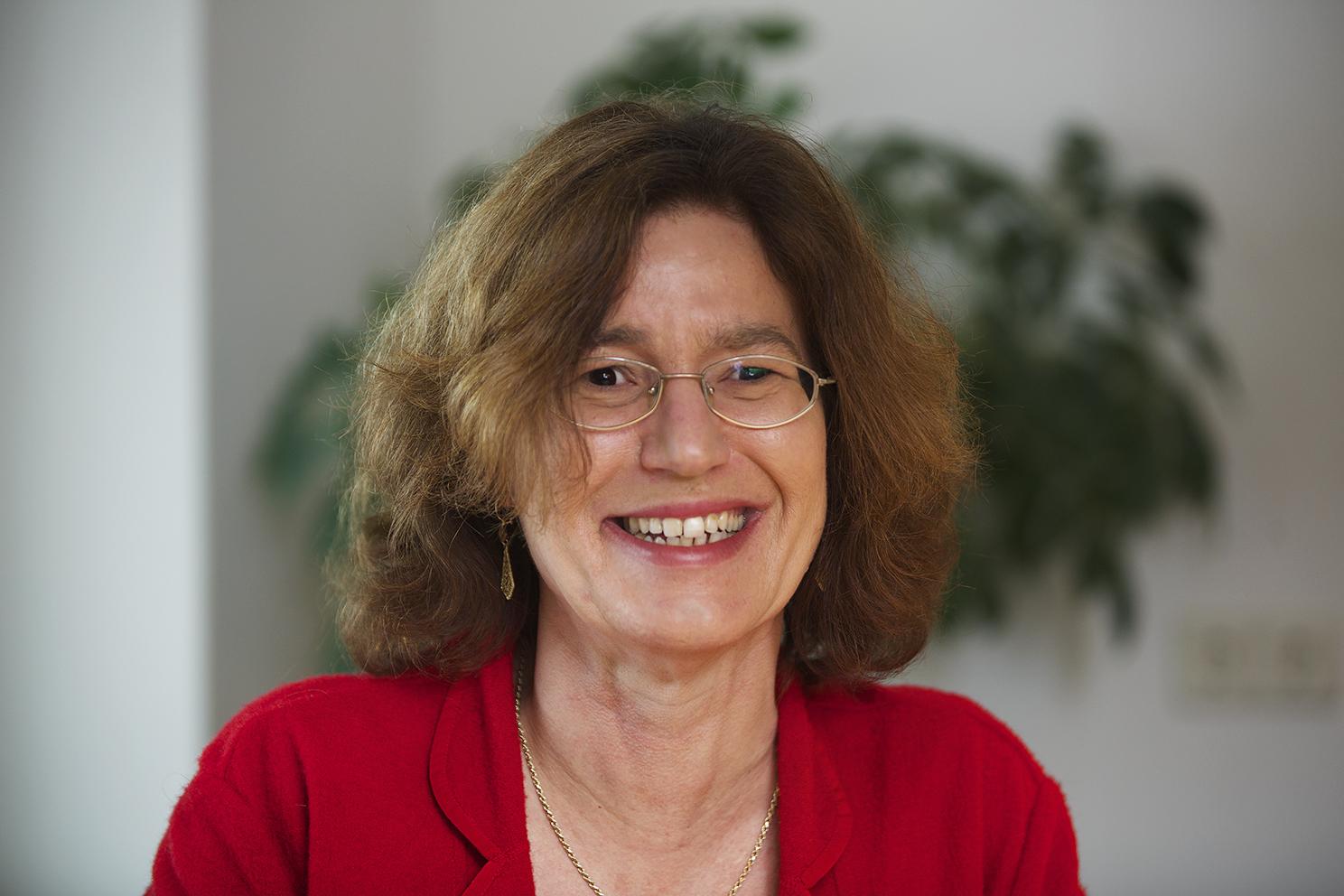 Portret van Roos Hoelen