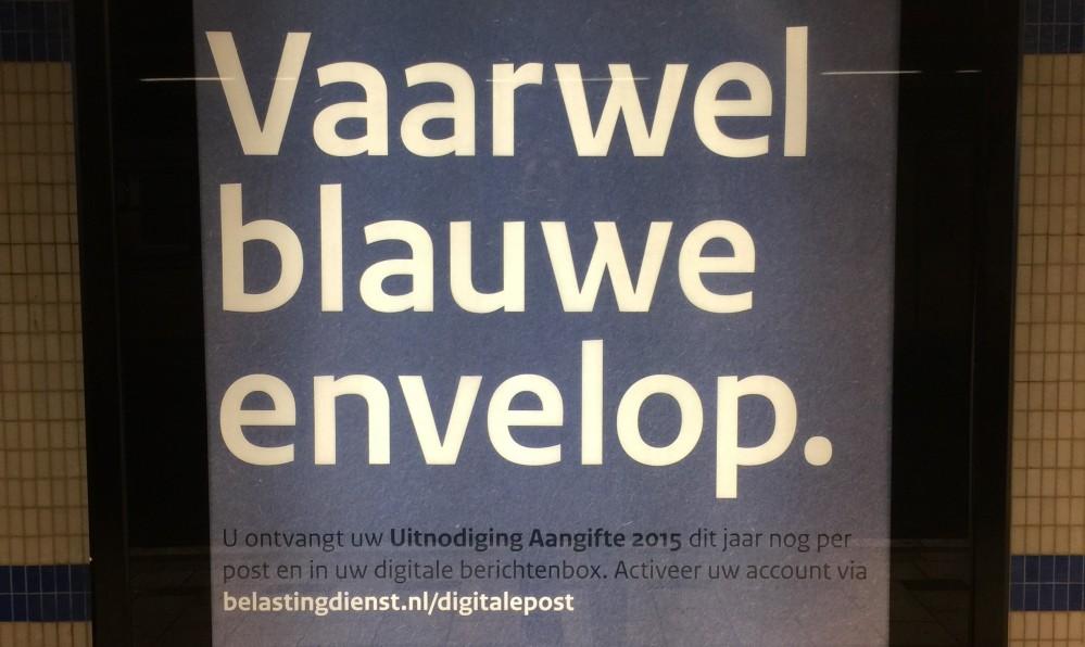 Poster Vaarwel blauwe envelop voor campagne MijnOverheid.nl