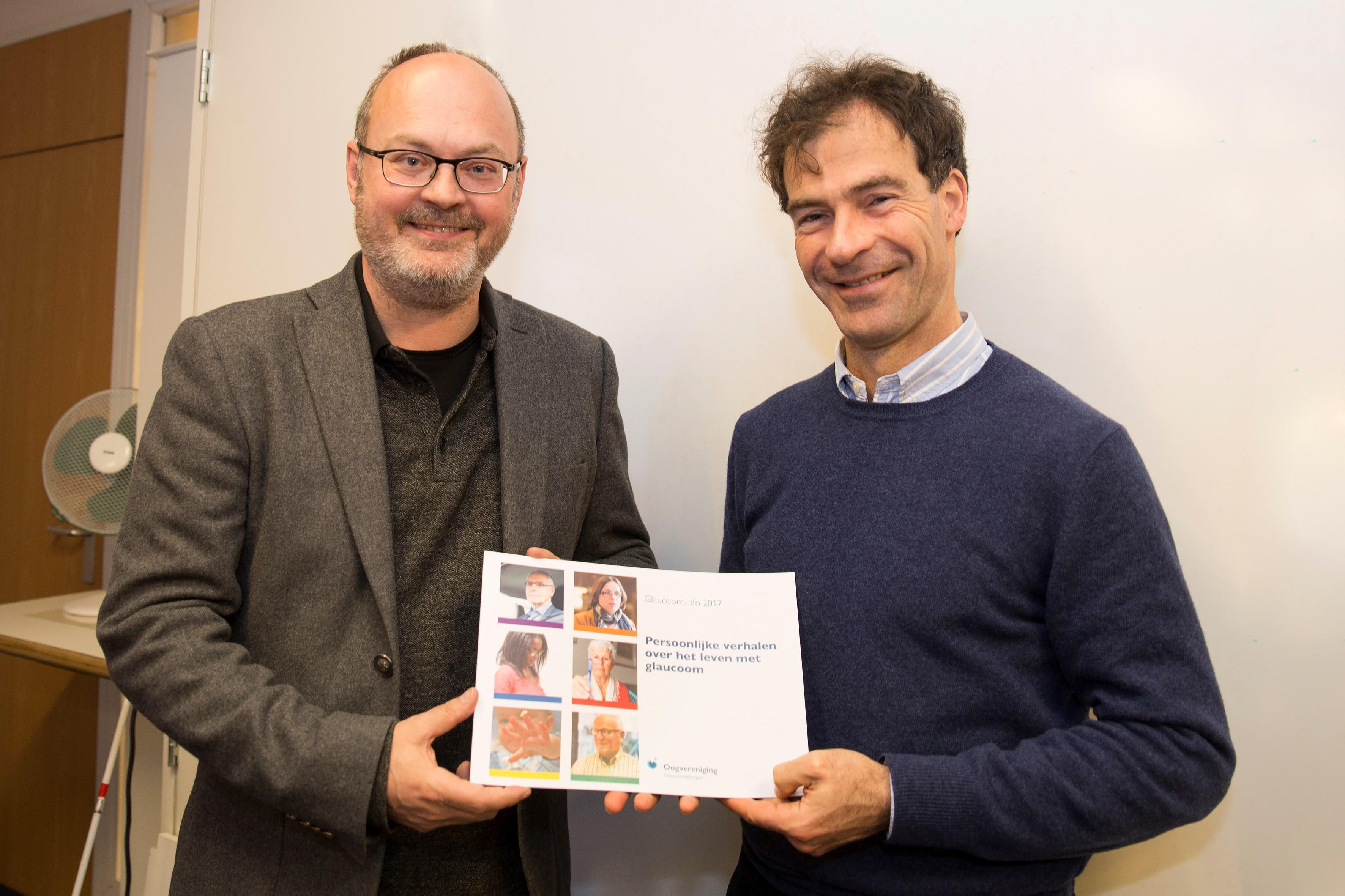 Glaucoom.info aangeboden aan voorzitter Nederlandse Glaucoom Groep